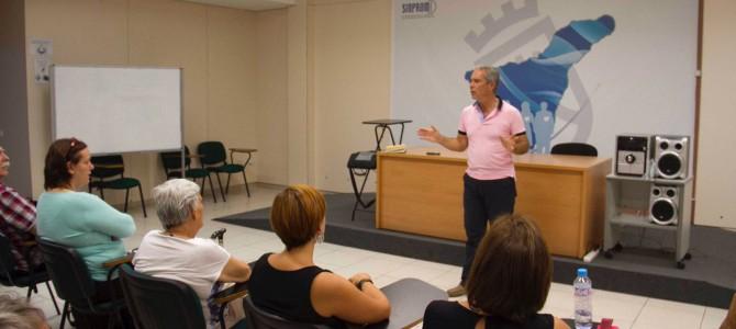 Conferencia en el Centro de Entidades de Voluntariado de Tenerife, ¿Cómo mejorar tu confianza y comunicación con los demás?