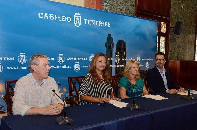 FOTO 3 Presentación T.E. Tenerife en Cabildo Insular 2014