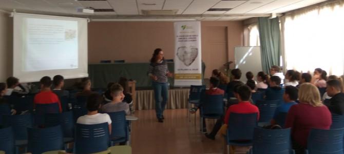 Teléfono de la Esperanza Canarias se acerca a los jóvenes del IES Puerto de la Cruz- Telesforo Bravo