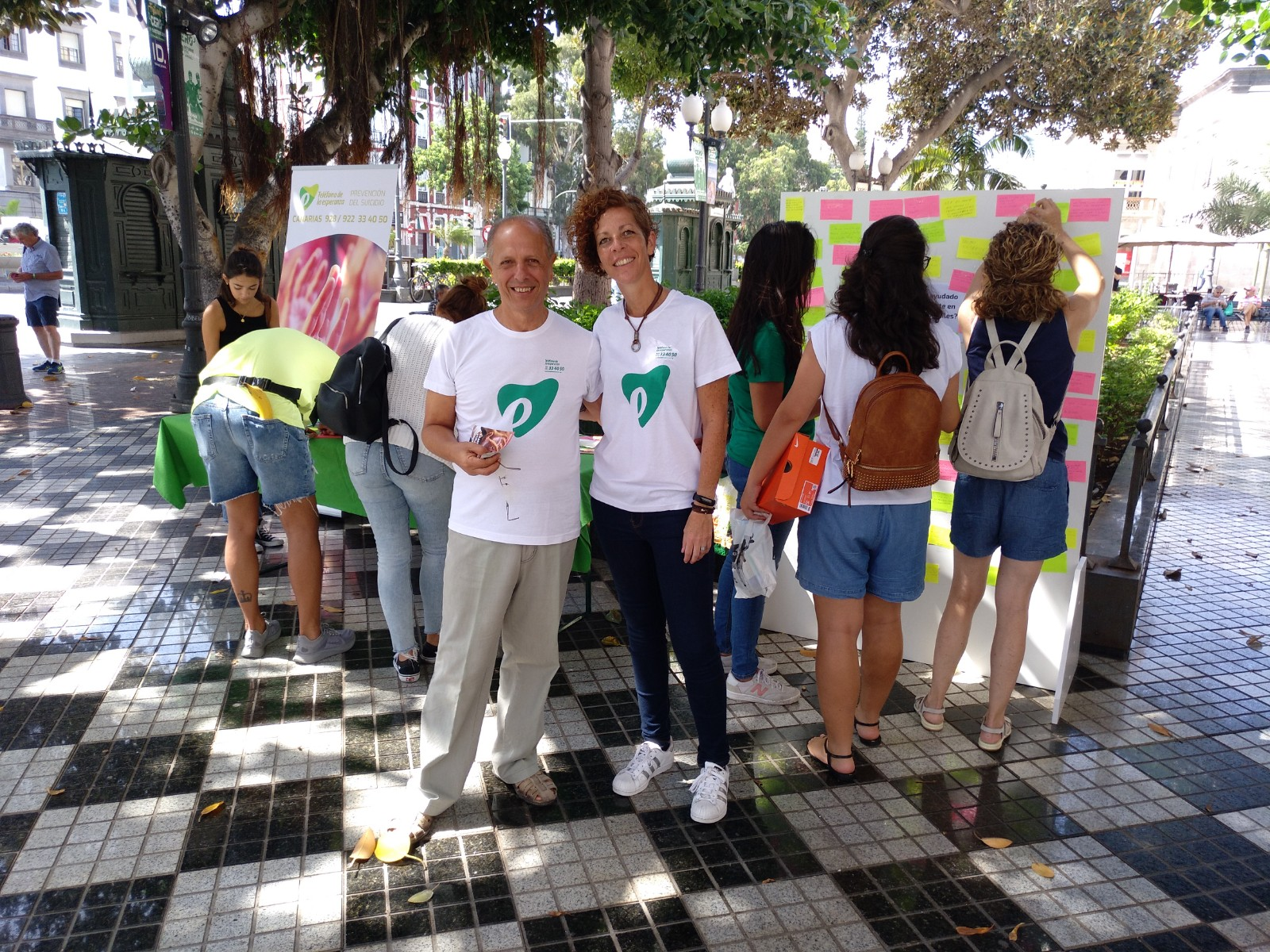 Mesa informativa Dia Prev Suic 2019 Las Palmas GC 1